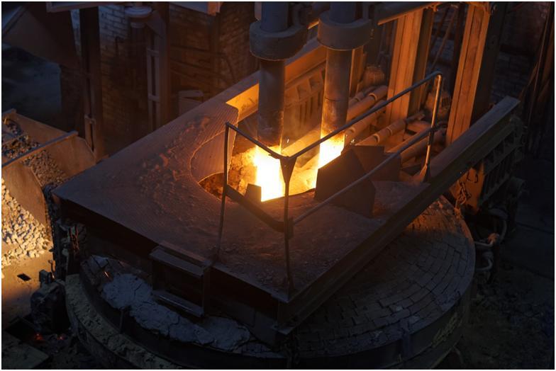 Дуговая сталеплавильная печь, её особенности, устройство и принцип работы